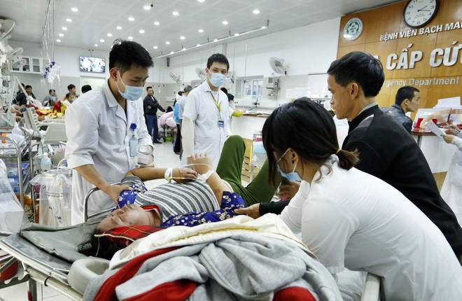Trưởng khoa Tiêu hoá BV Bạch Mai cảnh báo 2 bệnh cần tuyệt đối kiêng rượu bia dịp Tết  - Ảnh 2.