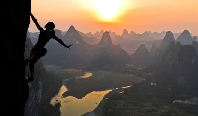 5 quy luật ngầm bất khả phá vỡ của hạnh phúc, lĩnh hội được rồi, cả đời sẽ an nhiên - Ảnh 3.