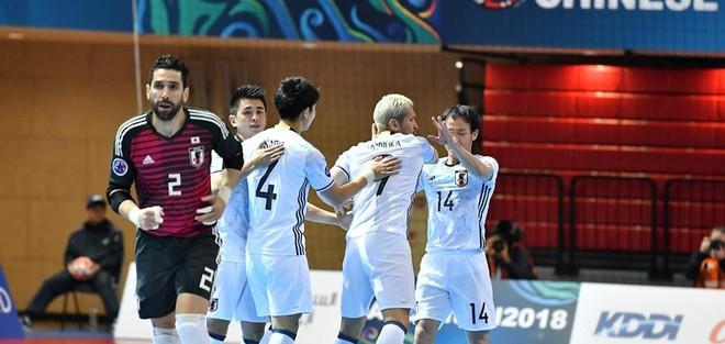 Bán kết Futsal châu Á: Sạch bóng ngựa ô - Ảnh 3.