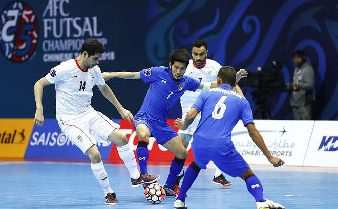 Bán kết Futsal châu Á: Sạch bóng ngựa ô