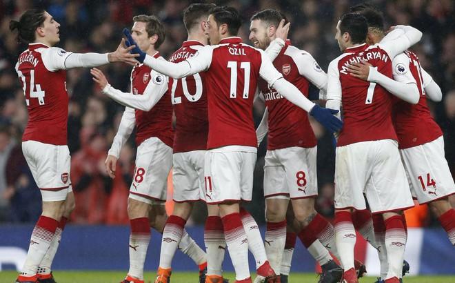 Sanchez ra đi, Arsenal lột xác thực sự!