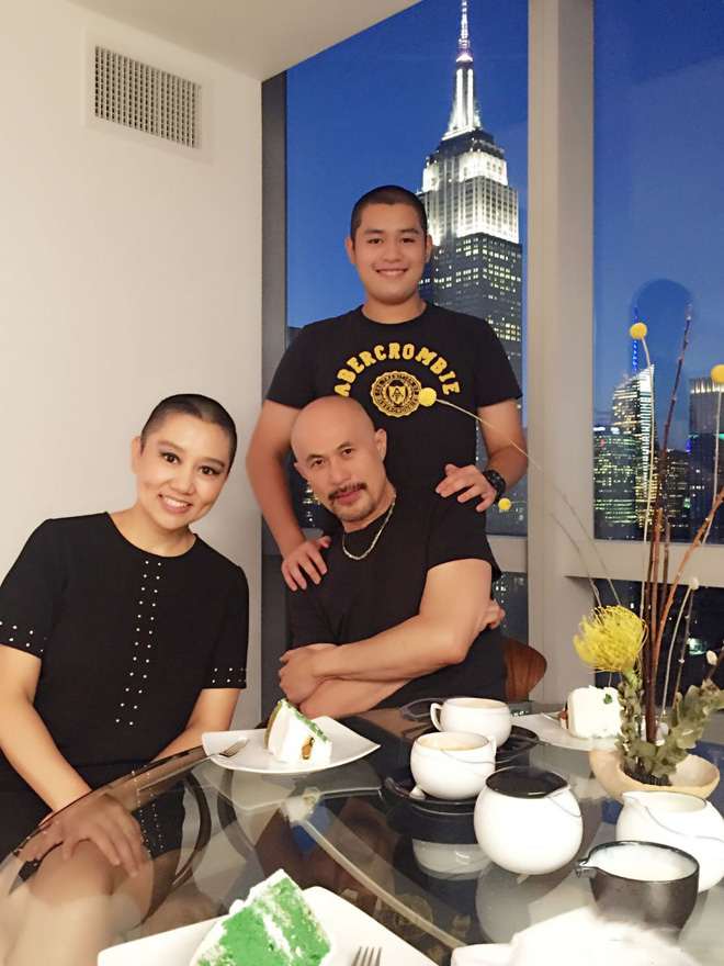 Chuyện tình như cổ tích và hành động khó tin của vợ ông vua phim cấp ba Hong Kong - Ảnh 8.