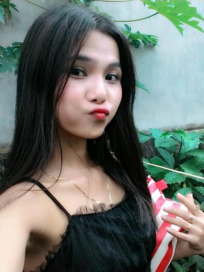 Để tóc dài và nữ tính, nhan sắc em gái hoa hậu HHen Niê gây chú ý - Ảnh 6.