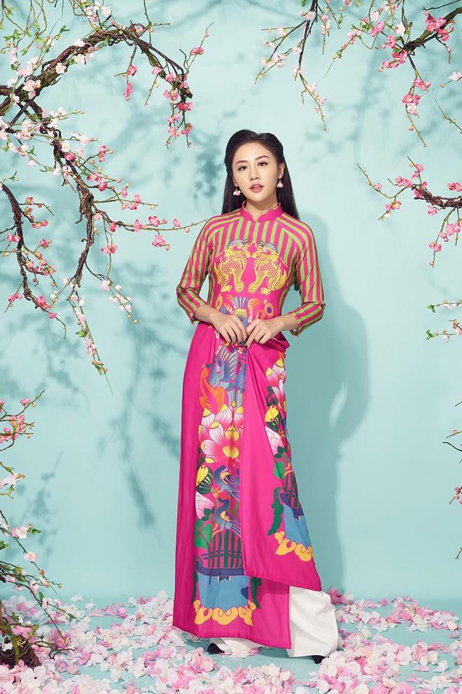 Văn Mai Hương khoe mẹ ruột trẻ trung, xinh đẹp - Ảnh 13.