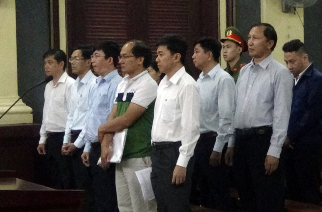 Vụ 10 sếp Navibank hầu tòa: Luật sư kiến nghị triệu tập chủ toạ phiên xử phúc thẩm Huyền Như - Ảnh 1.
