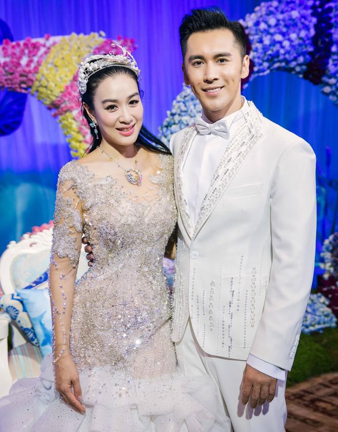 Nữ thần gợi cảm gốc Việt Chung Lệ Đề và những mối tình tốn giấy mực - Ảnh 8.