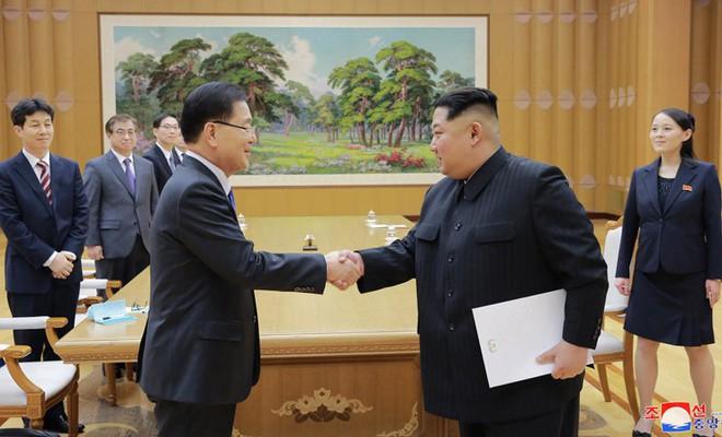 2 ông Donald Trump, Kim Jong-un xé rào ngoại giao, chấp nhận rủi ro mưu đại sự - Ảnh 2.