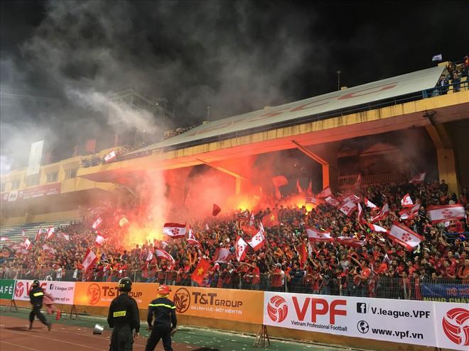 Sống lại chảo lửa Thiên Trường ngày khai mạc V.League 2018 - Ảnh 3.
