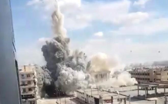 Nga nã bom 1.000 kg xuống đầu khủng bố: Đòn thù thích đáng cho vụ tập kích căn cứ Khmeimim