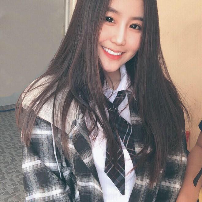 Nữ sinh Sài Gòn 17 tuổi nổi tiếng, được báo Hàn Quốc khen ngợi là ai? - Ảnh 5.