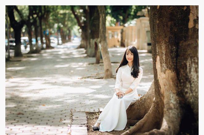 Một bức ảnh áo dài và lời giới thiệu khác biệt, cô gái nhận nhiều cảm tình từ dân mạng - Ảnh 2.