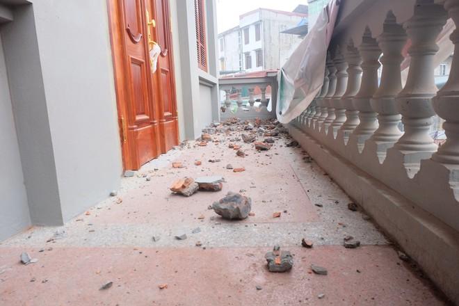Nhìn gần biệt thự của gia đình ông Nguyễn Thanh Hóa đang bị tháo dỡ tầng trái phép - Ảnh 7.