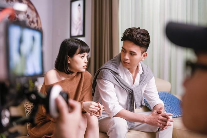 Hồ Quang Hiếu đem chuyện yêu đơn phương vào sản phẩm âm nhạc mới - Ảnh 4.