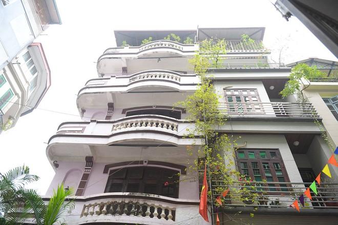 Cận cảnh ngôi nhà của ông Nguyễn Thanh Hoá ở Chùa Láng - Ảnh 2.