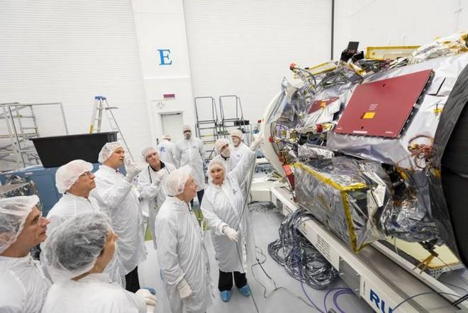 Gửi tên tới NASA và trở thành một phần của chuyến du hành lịch sử tới Mặt trời - Ảnh 1.