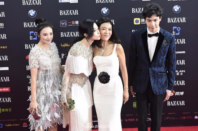 Cbiz choáng vì lá đơn từ chức của người phụ nữ quyền lực khiến Song Joong Ki, Phạm Băng Băng phải kiêng nể - Ảnh 5.