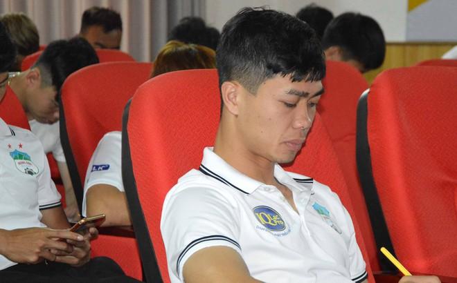 """Chăm chỉ học tập, biểu tượng chiến thắng của U23 Việt Nam hé lộ ước mơ """"lạ"""" ngoài bóng đá"""