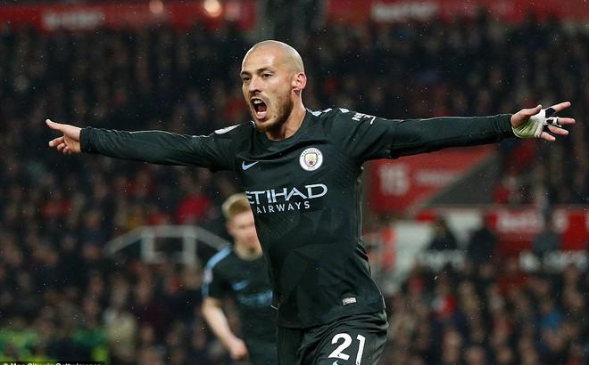 Stoke 0-2 Man City: Cuộc dạo chơi của nhà vô địch