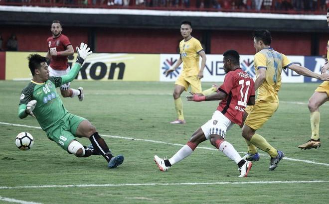 Box TV: Xem TRỰC TIẾP FLC Thanh Hóa vs Bali United (18h00)