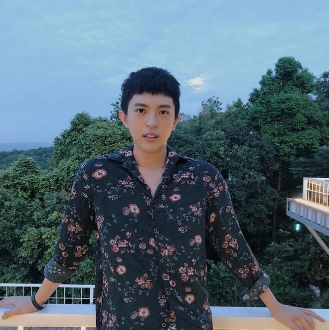 Con trai đồng tính, dung mạo đẹp như sao Hàn của Hoa hậu Thu Hoài - Ảnh 6.