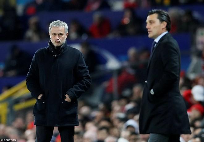 Thua tủi hổ, Man United xứng đáng cúi gằm mặt rời Champions League - Ảnh 7.