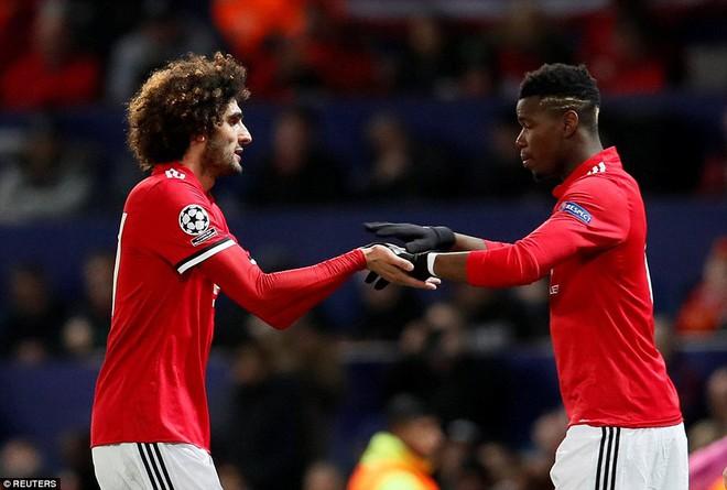 Thua tủi hổ, Man United xứng đáng cúi gằm mặt rời Champions League - Ảnh 15.