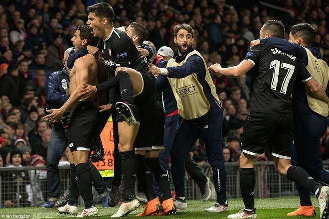 Sát thủ người Pháp đánh sập Man United trong 7 phút là ai? - Ảnh 1.