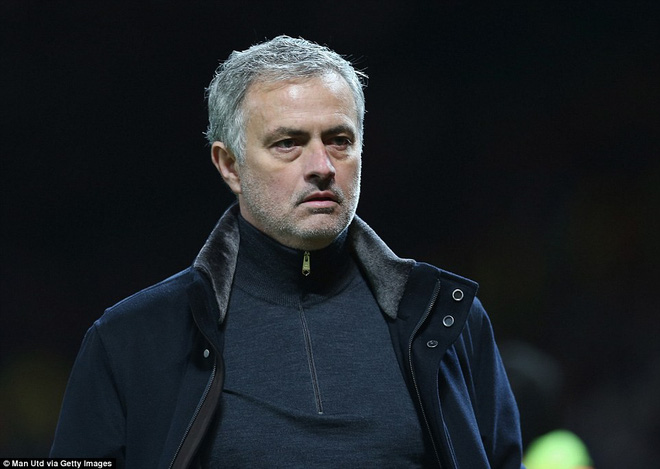 Thua tủi hổ, Man United xứng đáng cúi gằm mặt rời Champions League - Ảnh 26.
