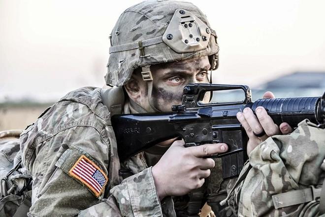 Ảnh: Lính Mỹ huấn luyện sử dụng đa dạng nhiều loại súng - ảnh 2