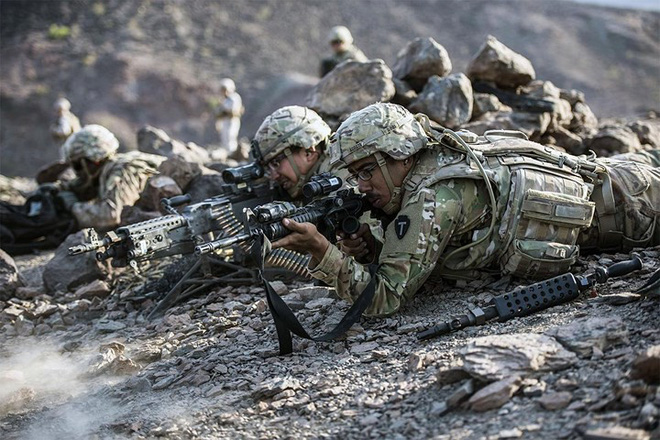 Ảnh: Lính Mỹ huấn luyện sử dụng đa dạng nhiều loại súng - ảnh 6