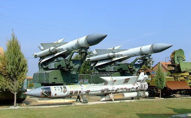"""S-200 và """"chiến công"""" muốn quên lãng: Bắn rơi máy bay dân dụng Ukraine"""
