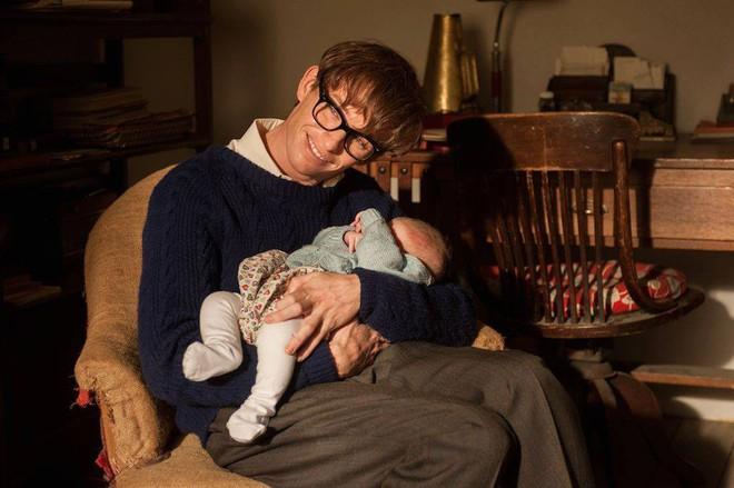 Sự thật đằng sau bộ phim triệu người xem về Stephen Hawking: Những ẩn ức chưa kể - ảnh 2