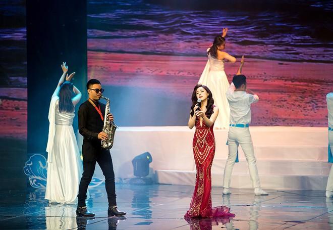 Mai Diệu Ly lo lắng khi hát hit của Mỹ Linh - Ảnh 5.