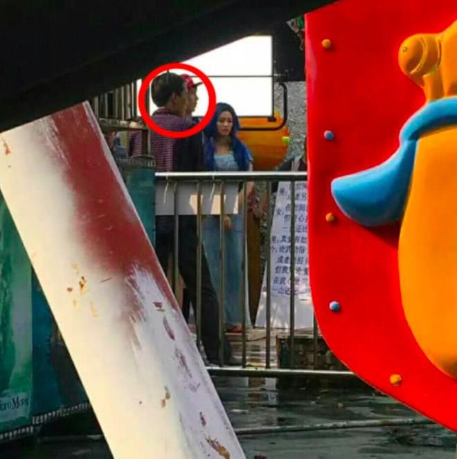 Lộ ảnh hậu trường Mỹ nhân ngư 2: Châu Tinh Trì 55 tuổi đã bạc trắng đầu - Ảnh 7.