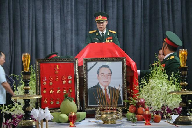 Di ảnh nguyên Thủ tướng Phan Văn Khải.