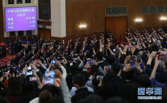 Đạt 100% phiếu thuận, ông Tập Cận Bình chính thức tái đắc cử Chủ tịch Trung Quốc nhiệm kỳ 2018 - 2023 - Ảnh 1.