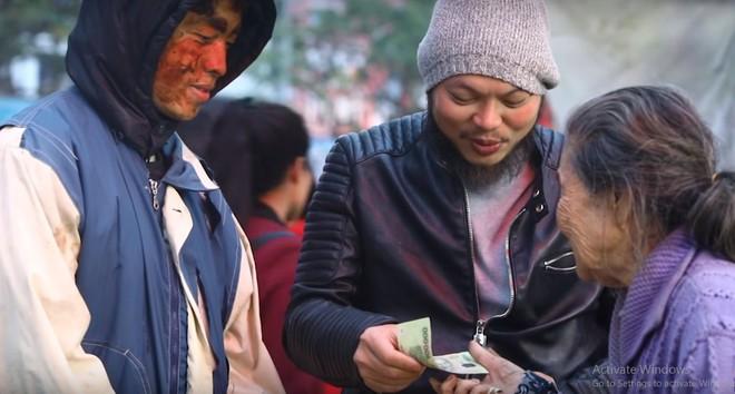 Chàng trai Huế giả ăn xin để thử lòng người nghèo và cái kết đầy nước mắt - Ảnh 6.