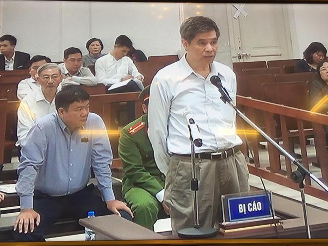 Xử vụ PVN thất thoát 800 tỷ đồng: Cách ly ông Đinh La Thăng để xét hỏi các bị cáo - Ảnh 3.