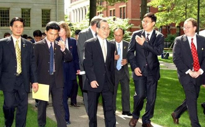 """Ông Phan Văn Khải từng hỏi ông Vũ Mão: """"Mình là Thủ tướng cũng phải trả lời chất vấn à?"""""""