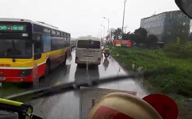 Clip: Xe cứu hỏa hú còi, phát loa liên tục trước khi gặp nạn trên cao tốc Pháp Vân - Cầu Giẽ