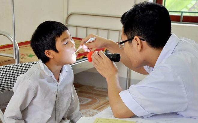 Viêm họng do liên cầu khuẩn: Dùng thuốc thế nào?