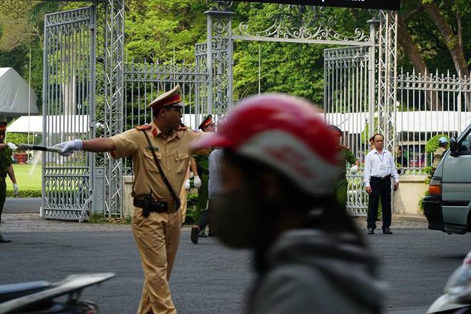 Công tác phân luồng giao thông trước lễ tang nguyên thủ tướng Phan Văn Khải.
