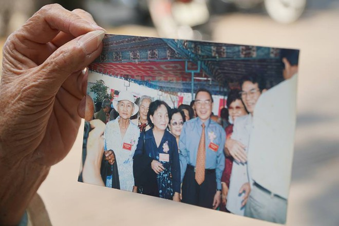Hình ảnh nguyên thủ tướng Phan Văn Khải.