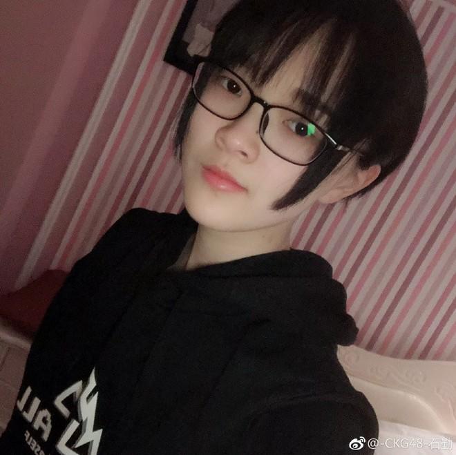 2 thành viên nhóm nhạc nữ Trung Quốc bị khai trừ vì yêu đồng tính - Ảnh 3.