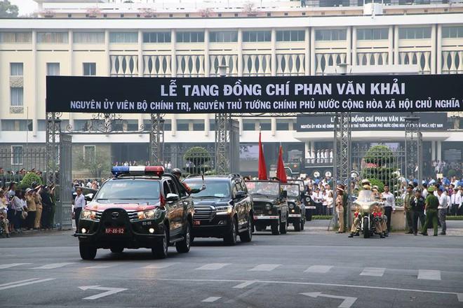Bắt đầu di quan thi hài cố Thủ tướng Phan Văn Khải về đất mẹ Củ Chi - Ảnh 1.