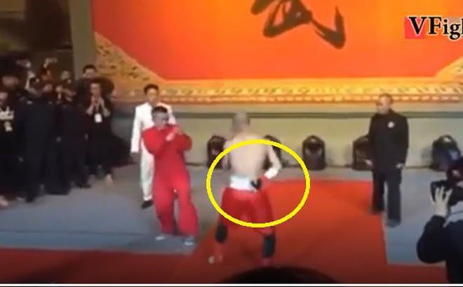 """Võ sư Việt: Đệ tử 3 đời của Diệp Vấn được """"chấp"""" 1 tay vẫn thua là phi lý, họ giở trò thôi"""