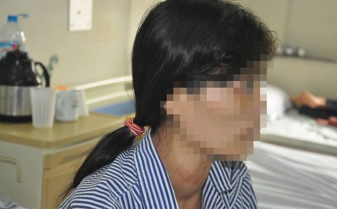 Chuyên gia Đông y và Tây y lên tiếng về vụ đắp thuốc Nam chữa bướu cổ