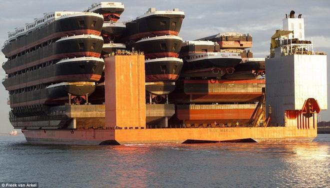 Tàu chở hàng siêu trọng trường - điều ít người biết - Ảnh 3.