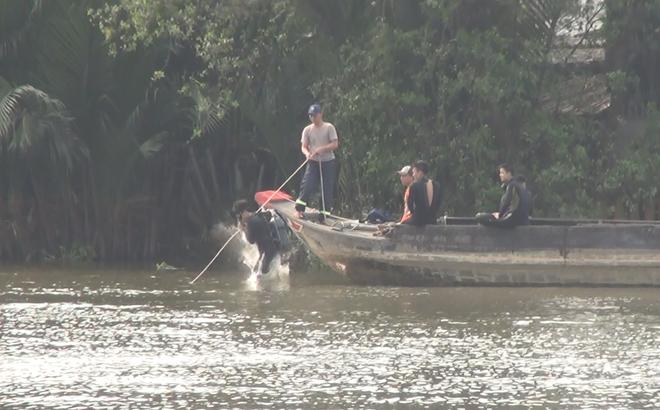 Rủ nhau bơi qua sông Chợ Đệm, một thanh niên mất tích