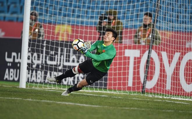 Báo Jordan nhắc tới thủ môn Bùi Tiến Dũng, chỉ ra 4 điểm đáng sợ của Việt Nam 1